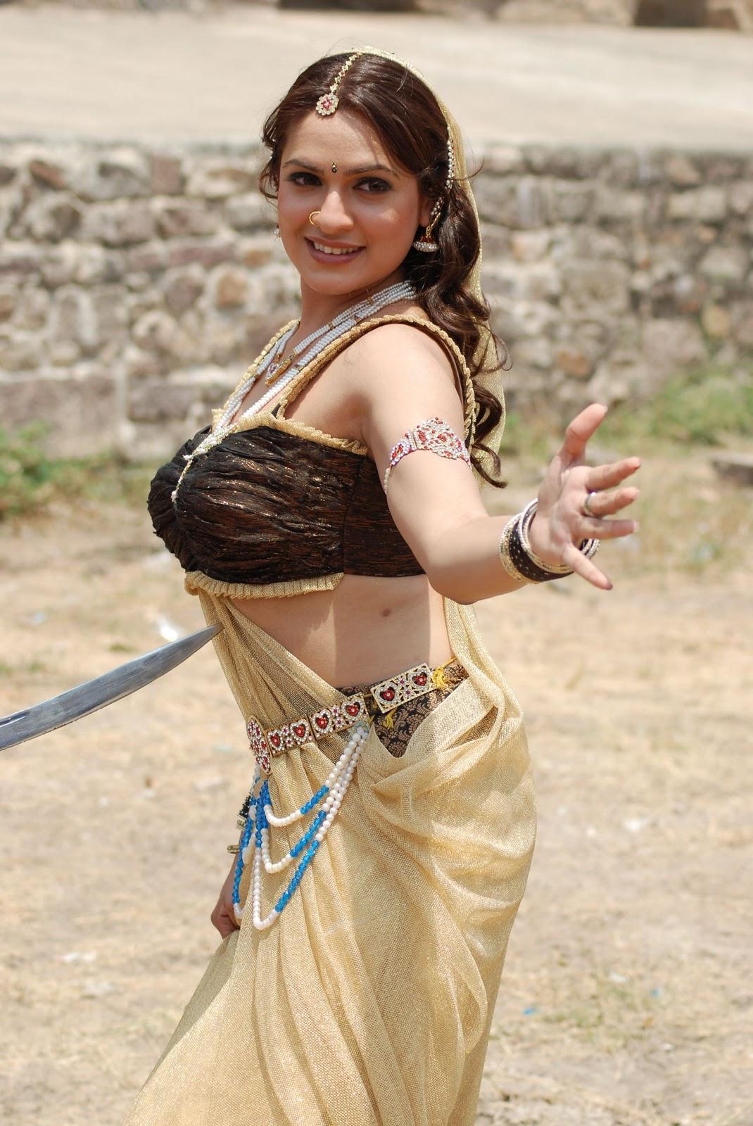 Aditi Agarwal sexy images