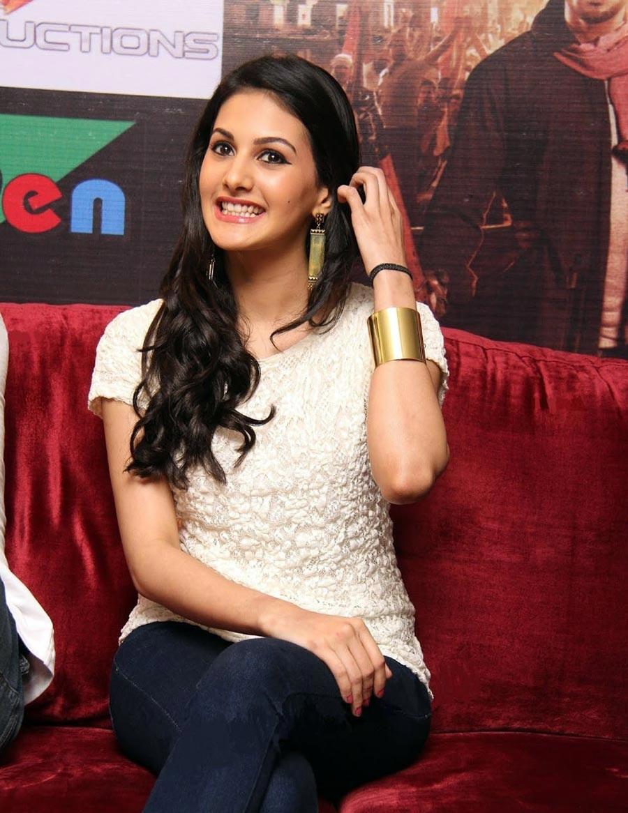Amyra Dastur sexy stills