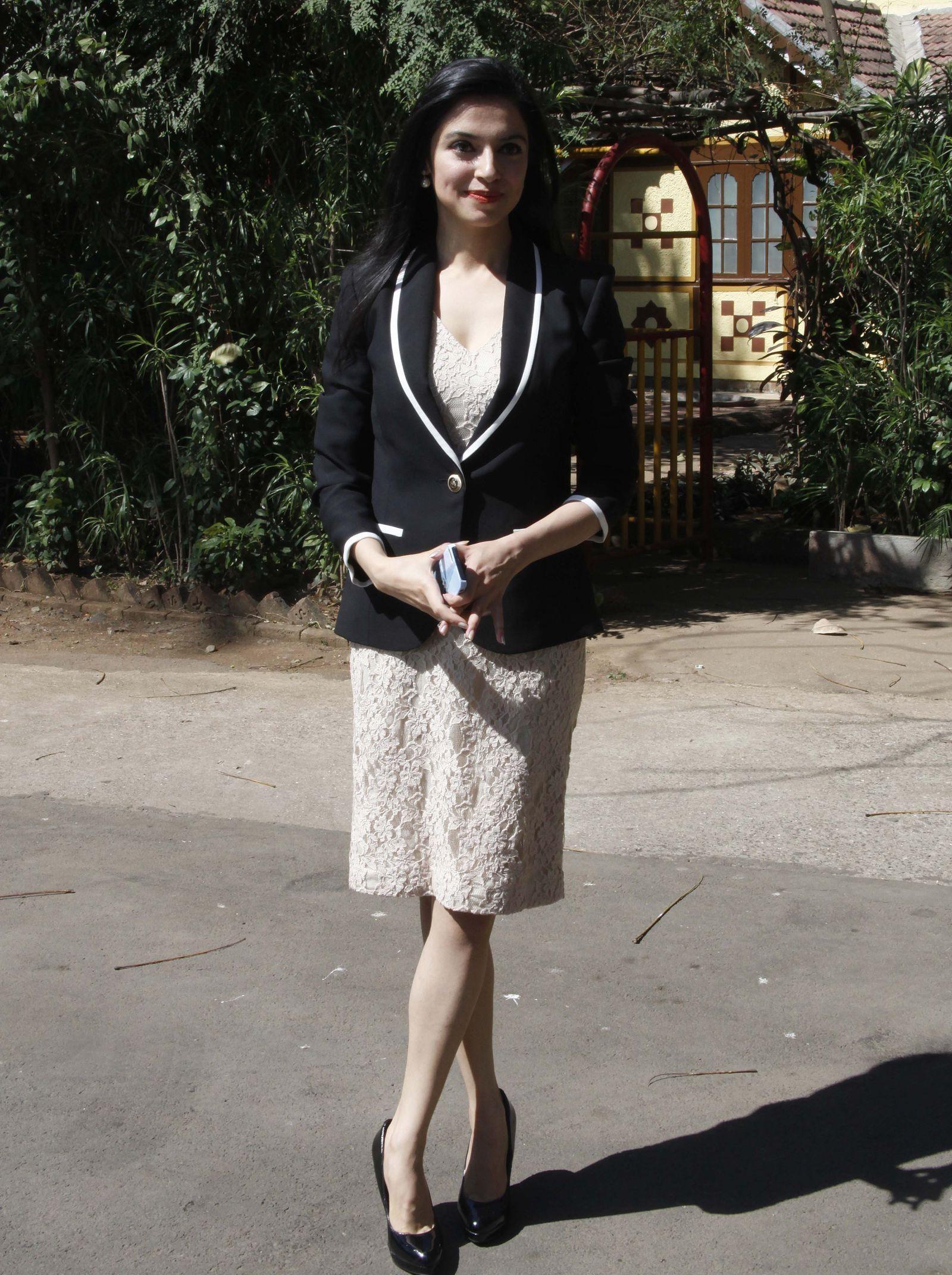 Divya Khosla Kumar sexy photoshoot