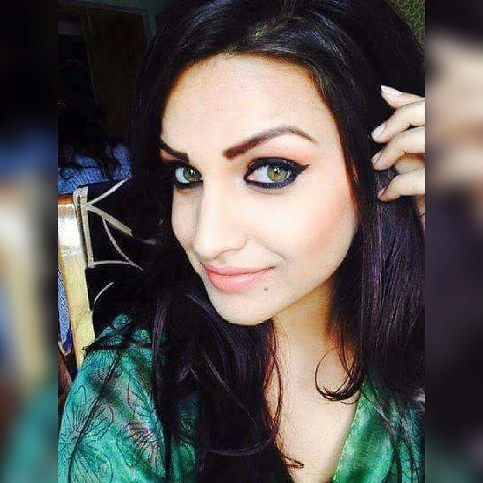 Himanshi Khurana Hot spicy image