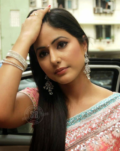 Hina-Khan-Hot-Bikini-Pictures