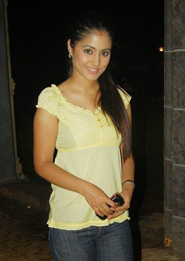 Hina-Khan-Hot-Pics
