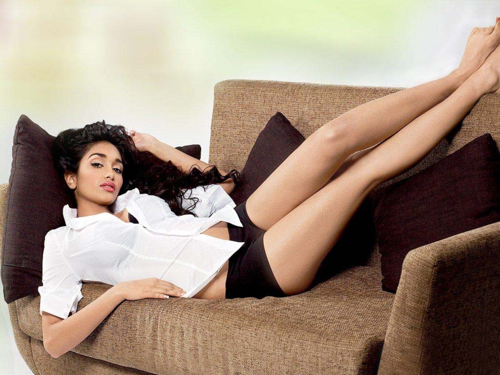 Jiah Khan sexy photos