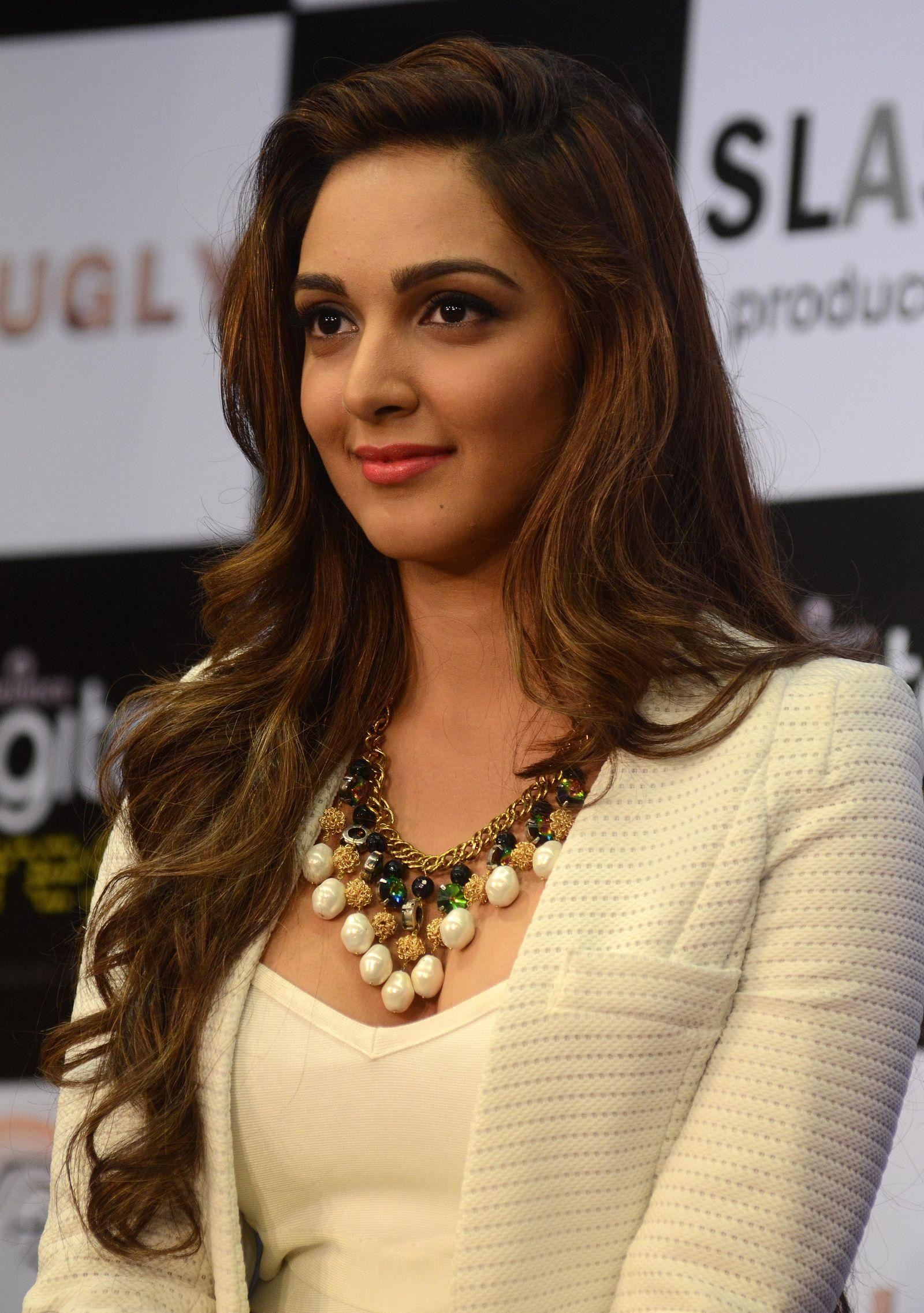 Kiara Advani hot photos