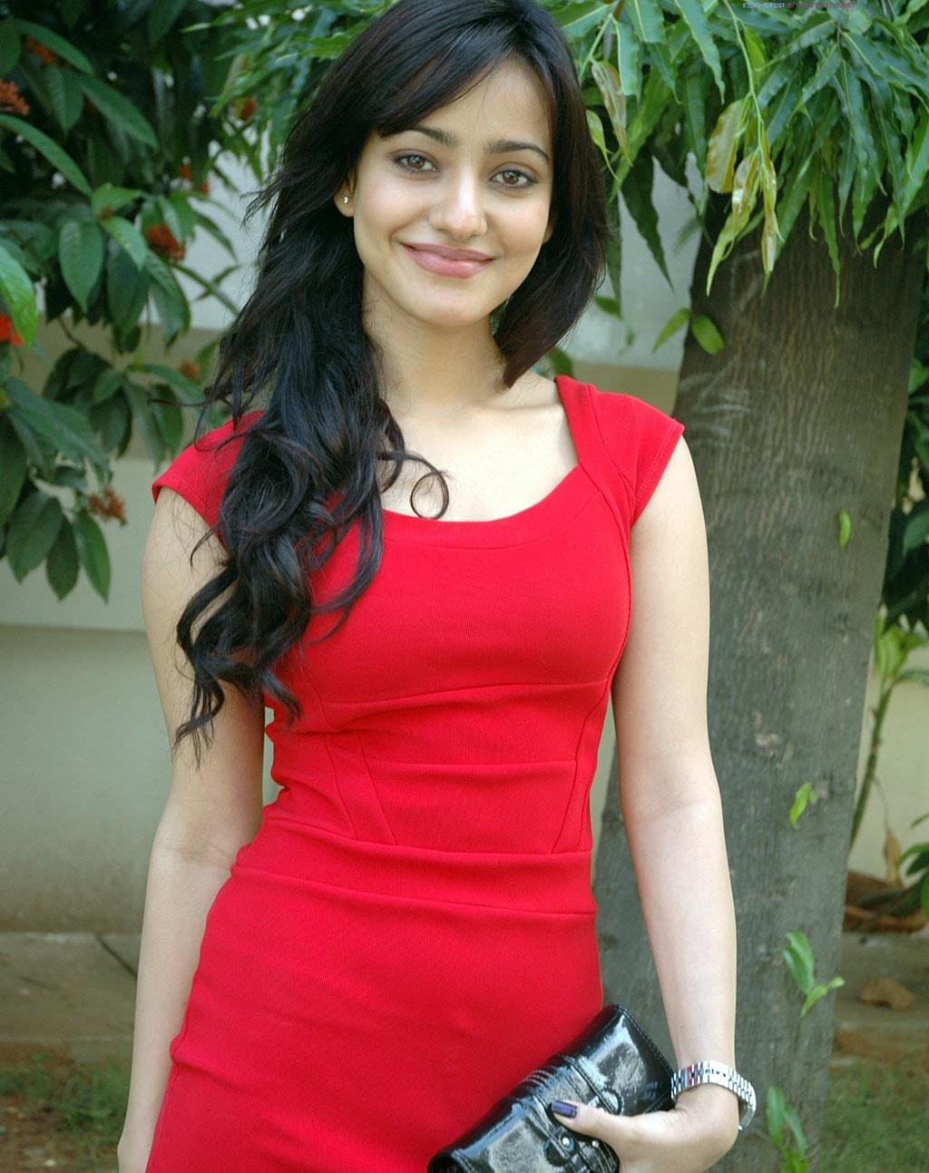 Neha Sharma sexy image