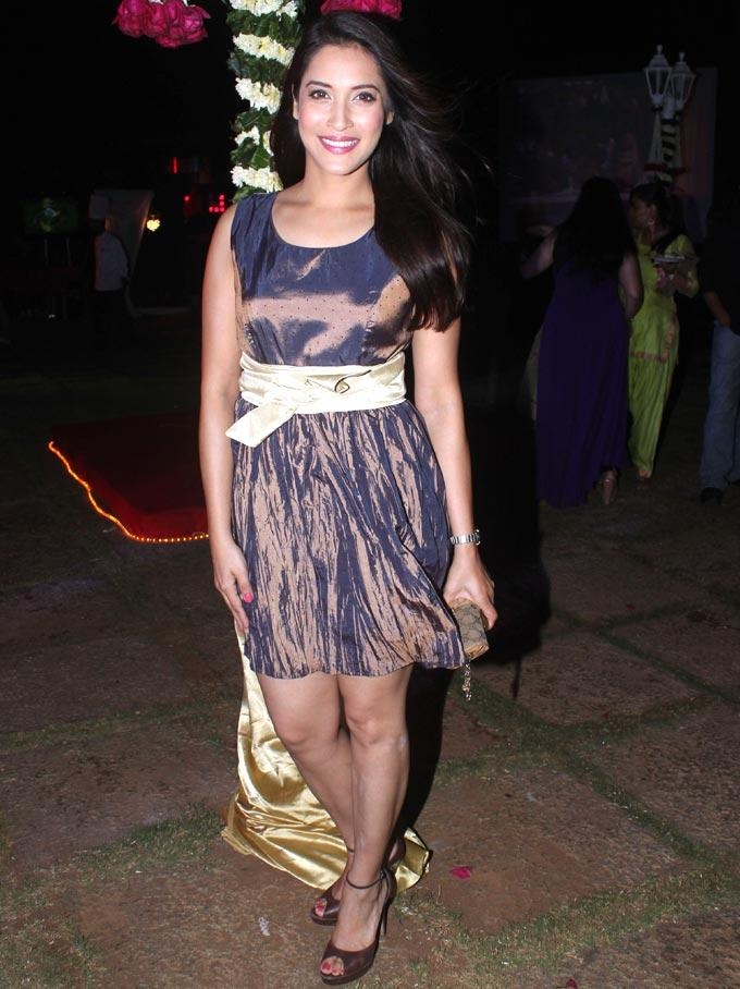 Rashmi Nigam hot photos