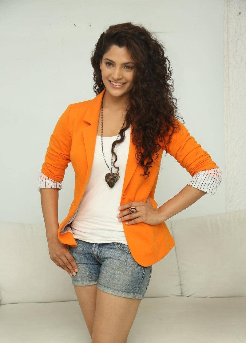 Saiyami Kher Hot wallpapers