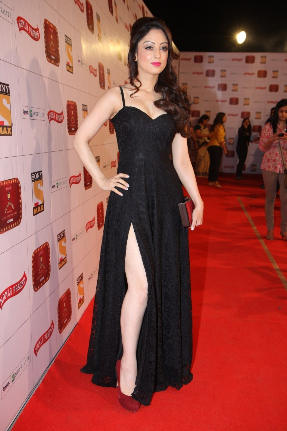 Sandeepa Dhar sexy in black dress
