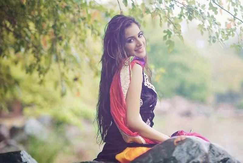 Sara Gurpal Hot stills