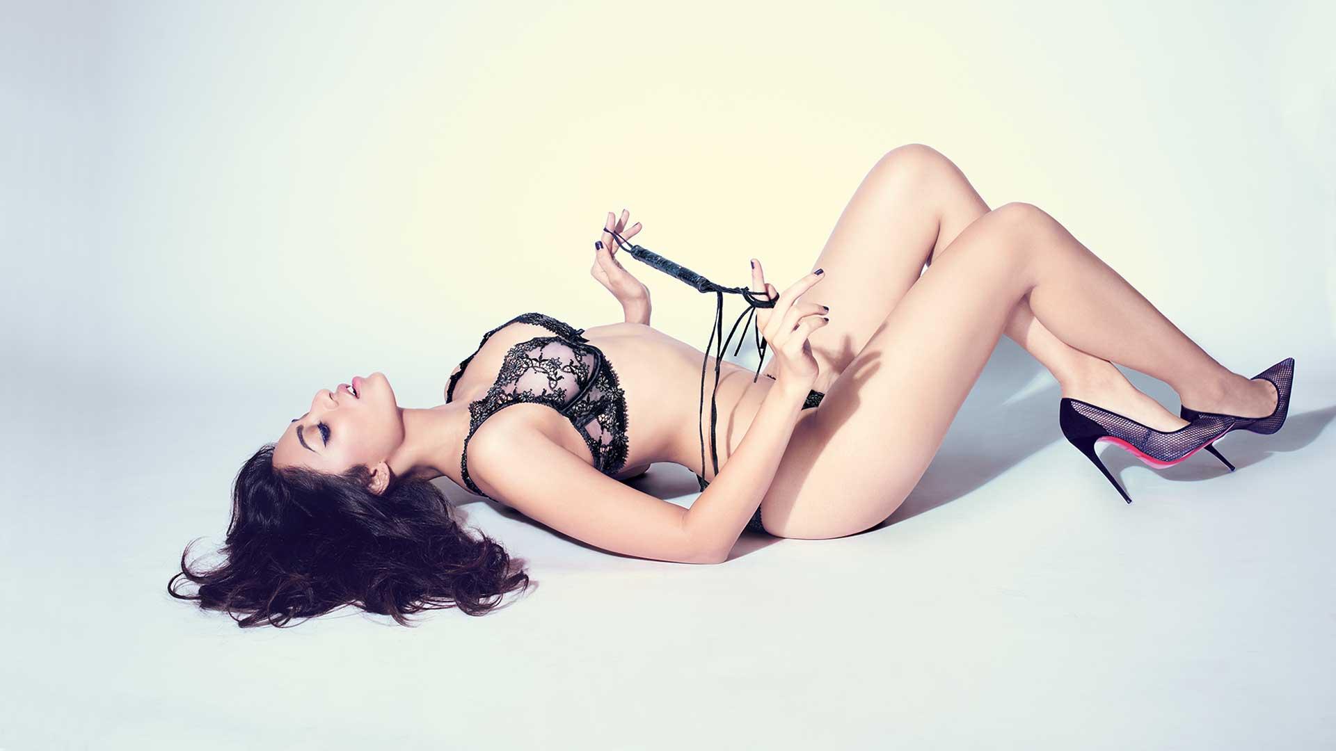 Sobhita Dhulipala hot sizzling image