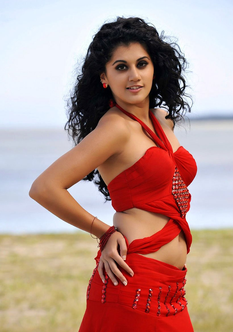 Taapsee pannu hot wallpapers