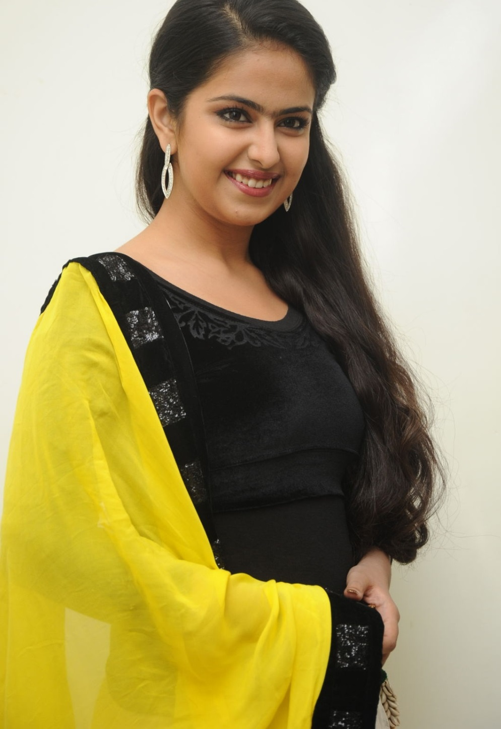 avika gor hot and sexy pics