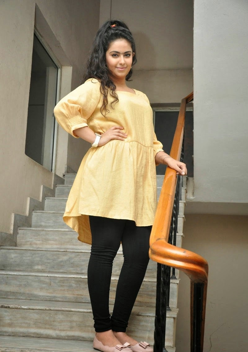 avika gor hot images in tights