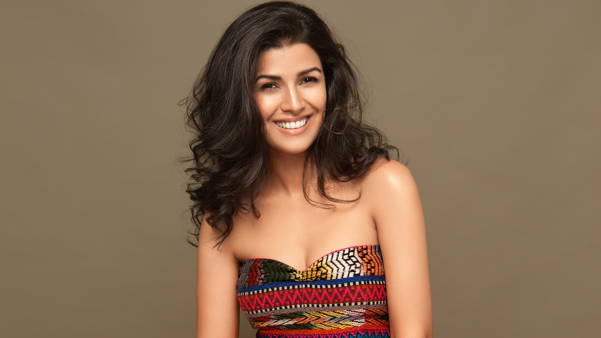 nimrat kaur hot in bikini