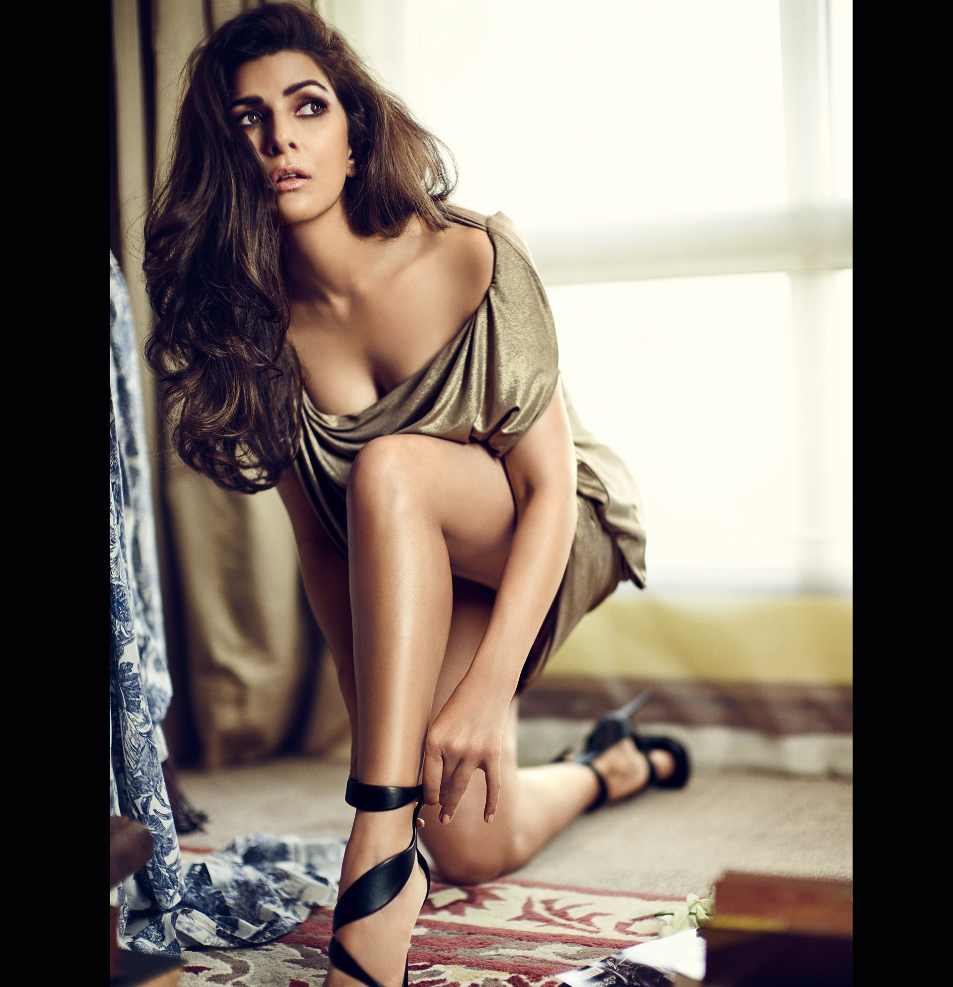 nimrat kaur sexy photos