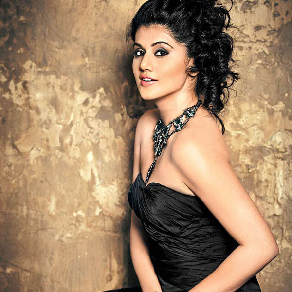 taapsee pannu sexy image