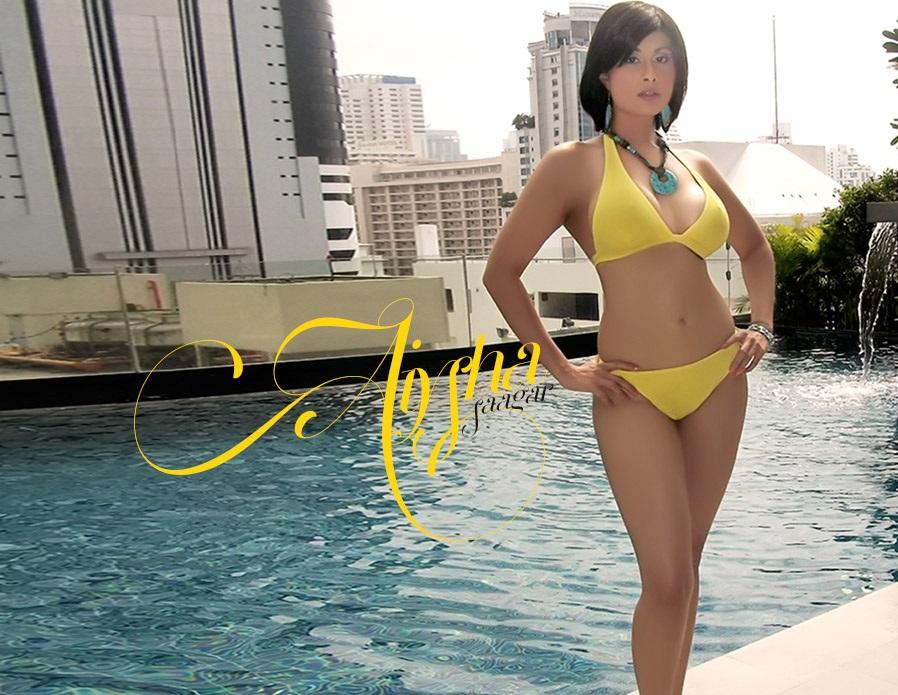 Aiysha Saagar hot pics in bikini