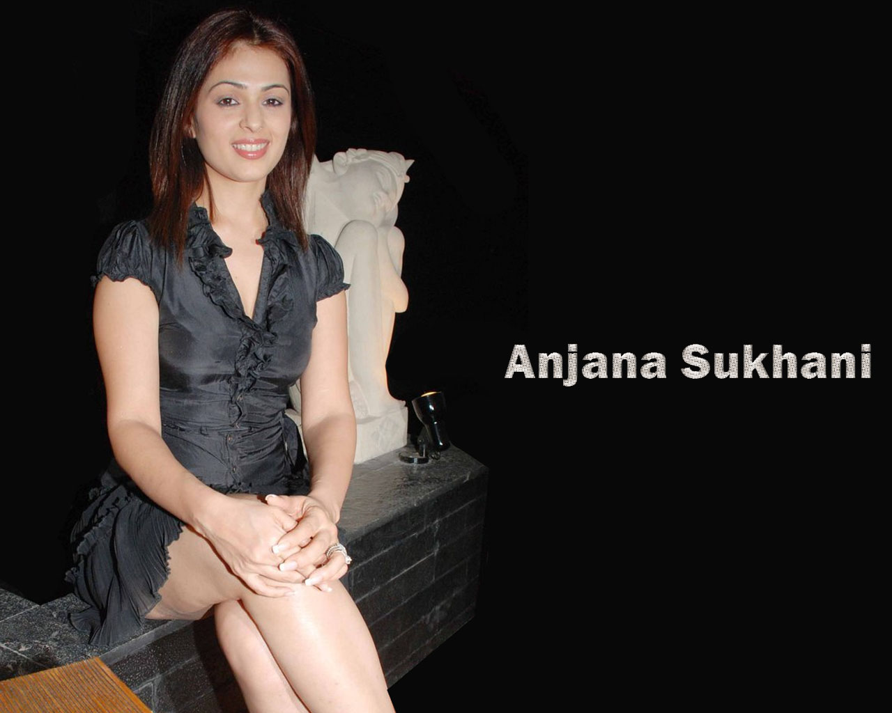 Anjana Sukhani hot and sexy wallpapers