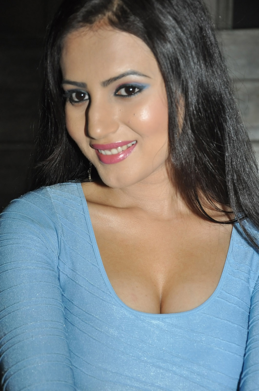 Anu Smruthi hot photos