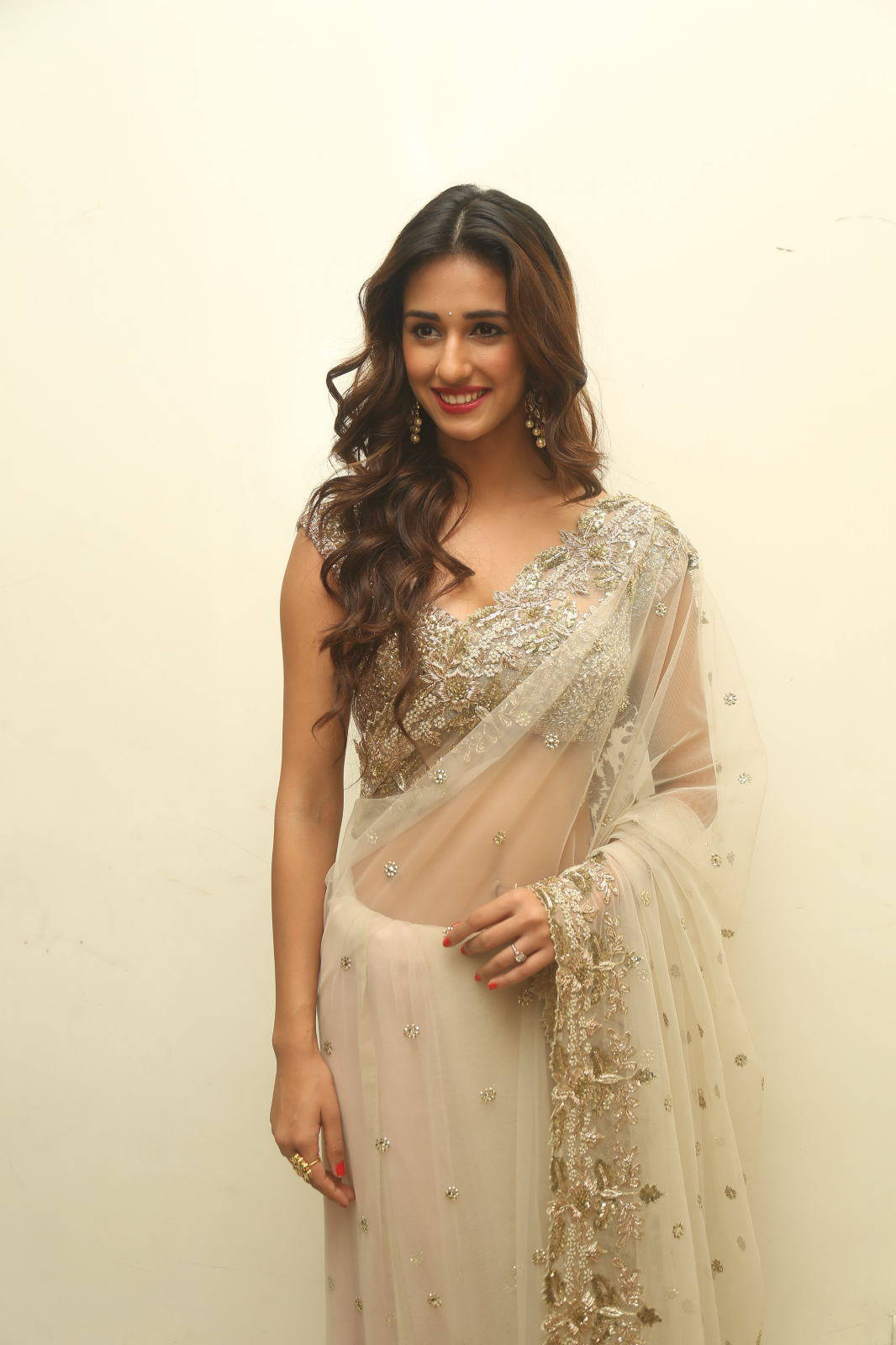 Disha Patani topless wallpapers