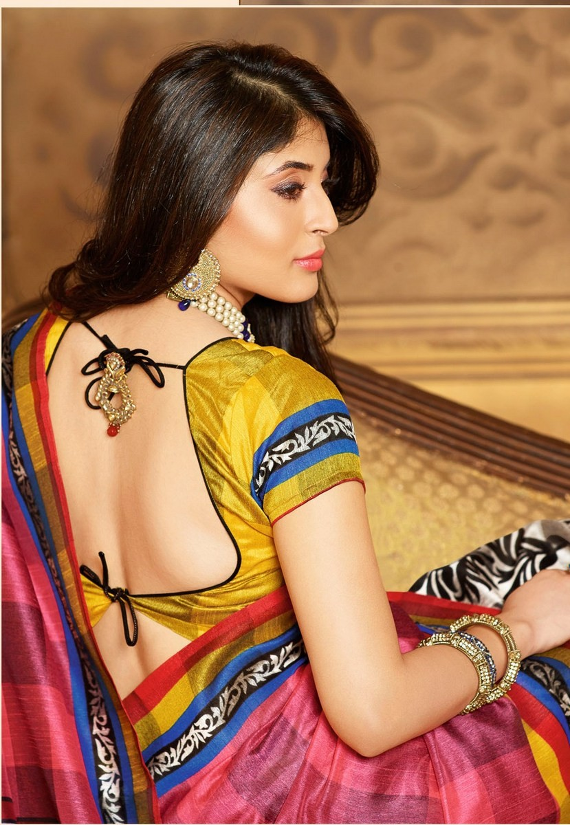 Kritika kamra hot backless saree