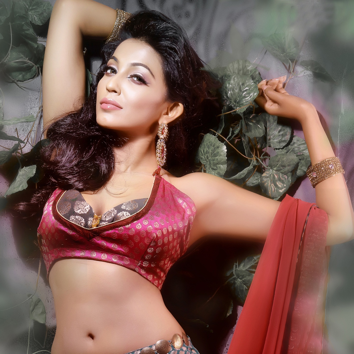 Parvathy Nair hot and sexy images