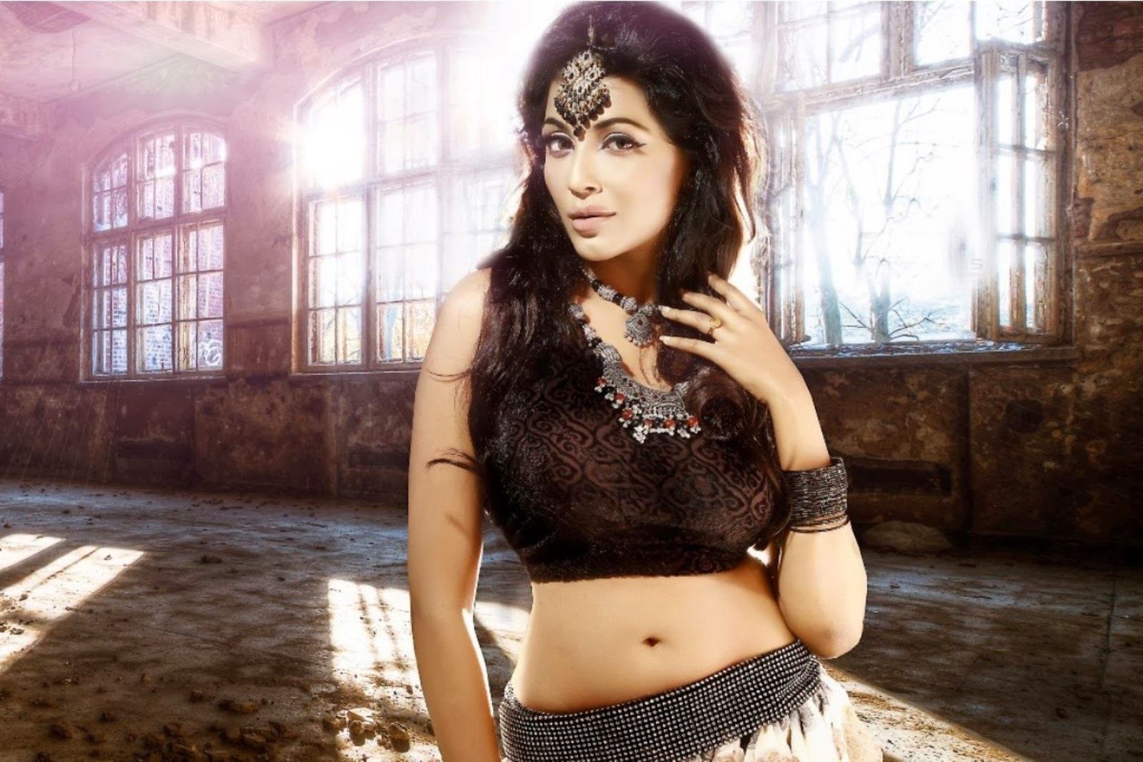 Parvathy Nair hot wallpaper