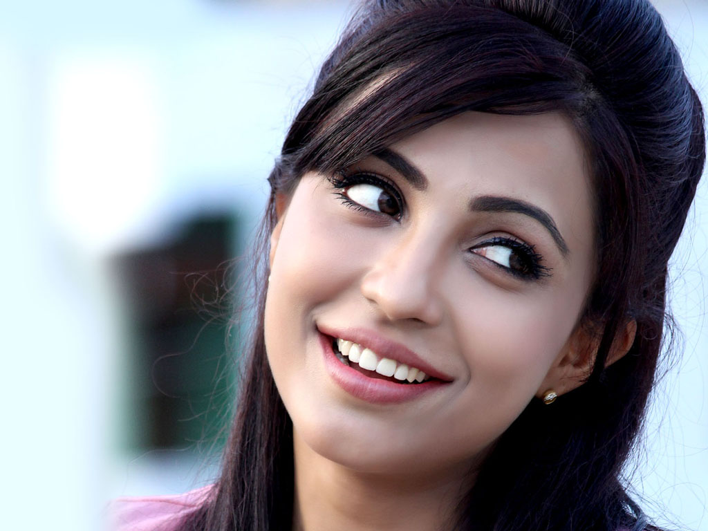 Parvathy Nair hot wallpapers