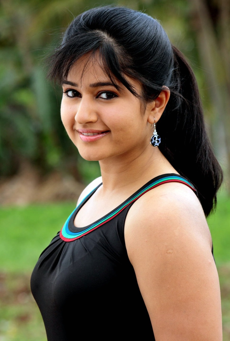 Poonam Bajwa hot stills
