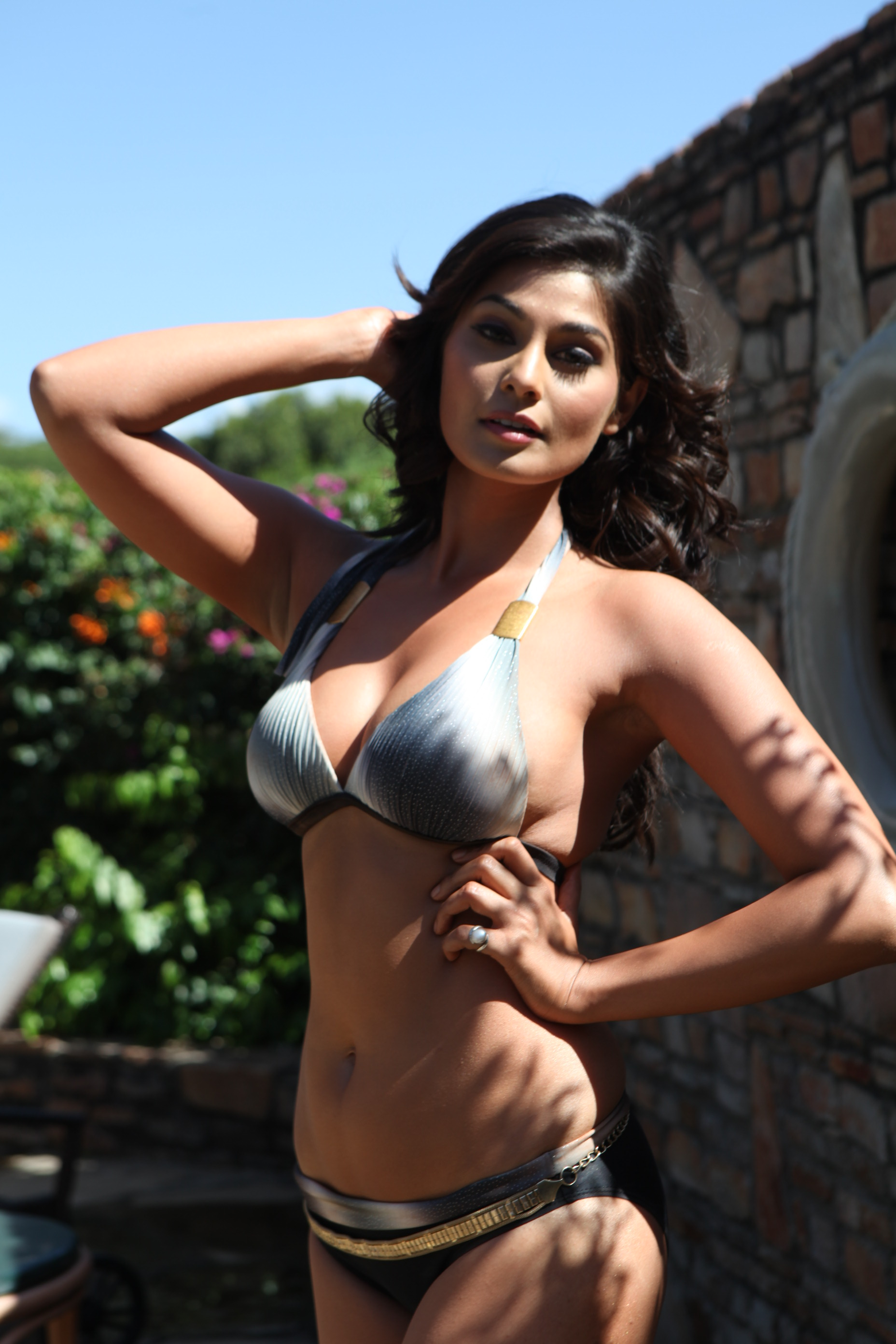 Puja Gupta hot stills