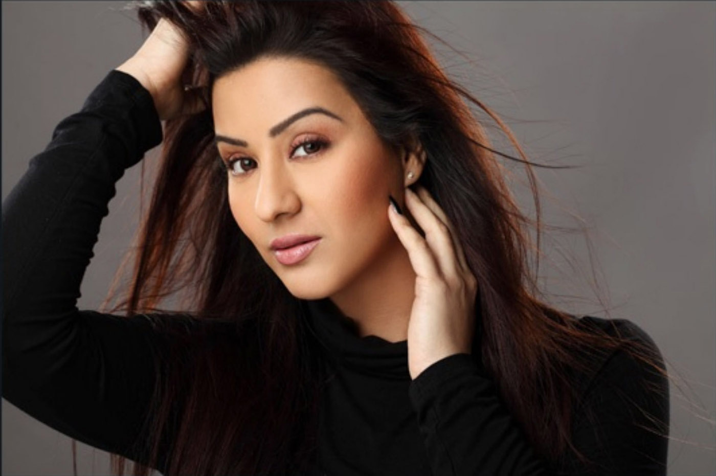 Shilpa Shinde hot pose in bikini