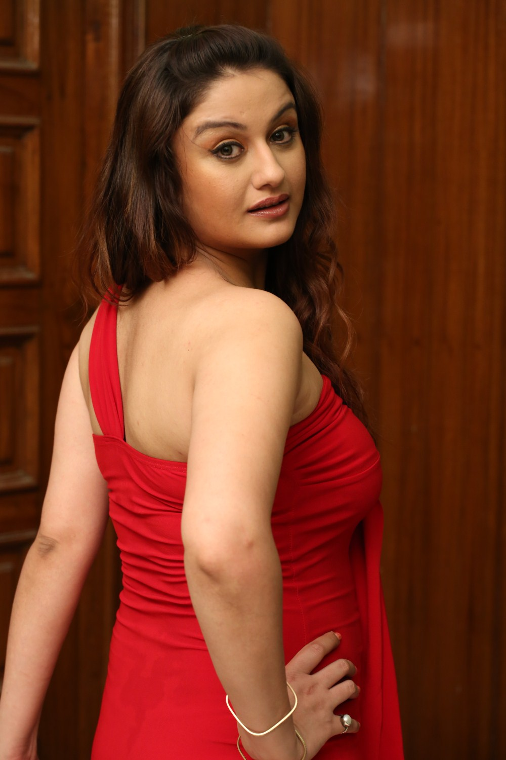 Sonia Agarwal hot and sexy wallpapers