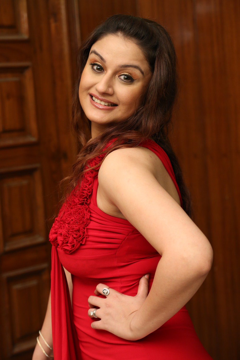 Sonia Agarwal sexy images