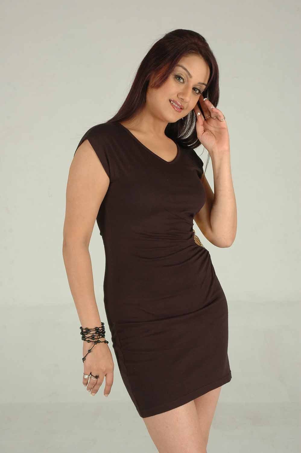 Sonia Agarwal spicy photos