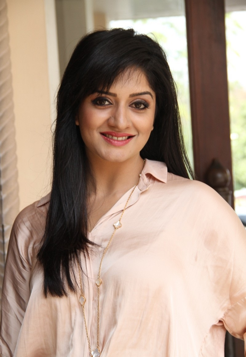 Vimala Raman hot photos