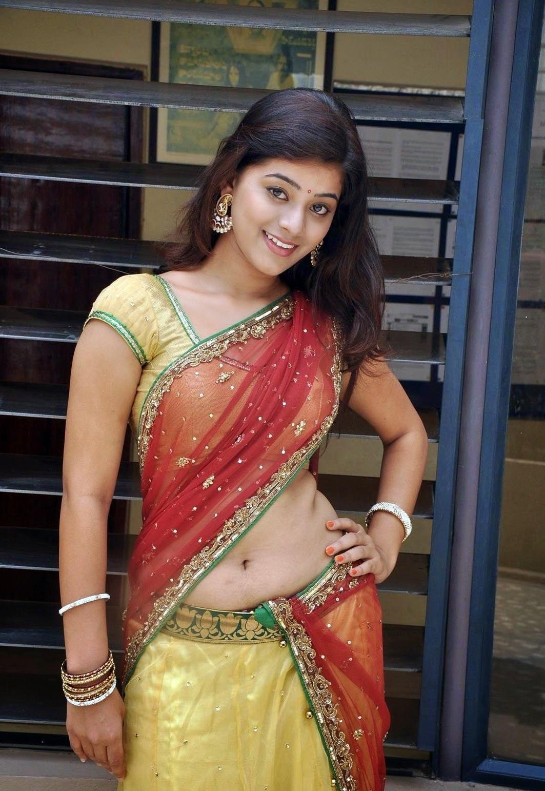 Yamini Bhaskar hot in saree