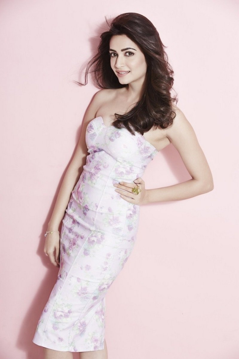 Kriti Kharbanda hot wallpapers