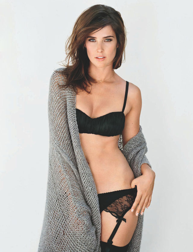 cobie smulders hot and sexy photos