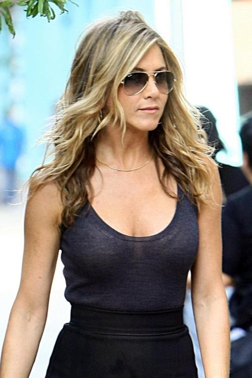 jennifer aniston hottest photos