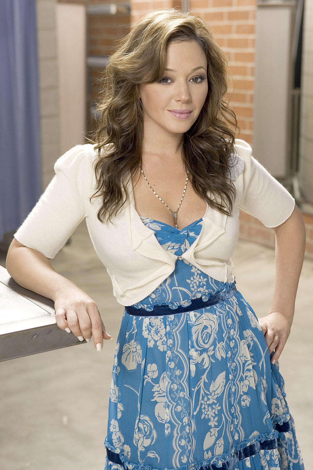 leah remini hot photos and wallpapers