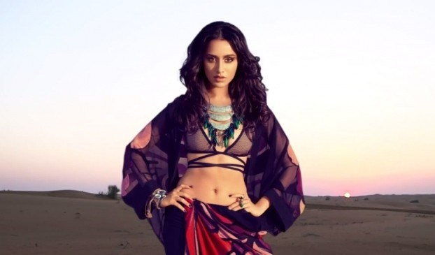 shraddha-kapoor-hot-wallpapers