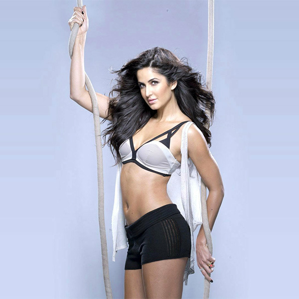 katrina-kaif-in-grey-and-blackbikini-look