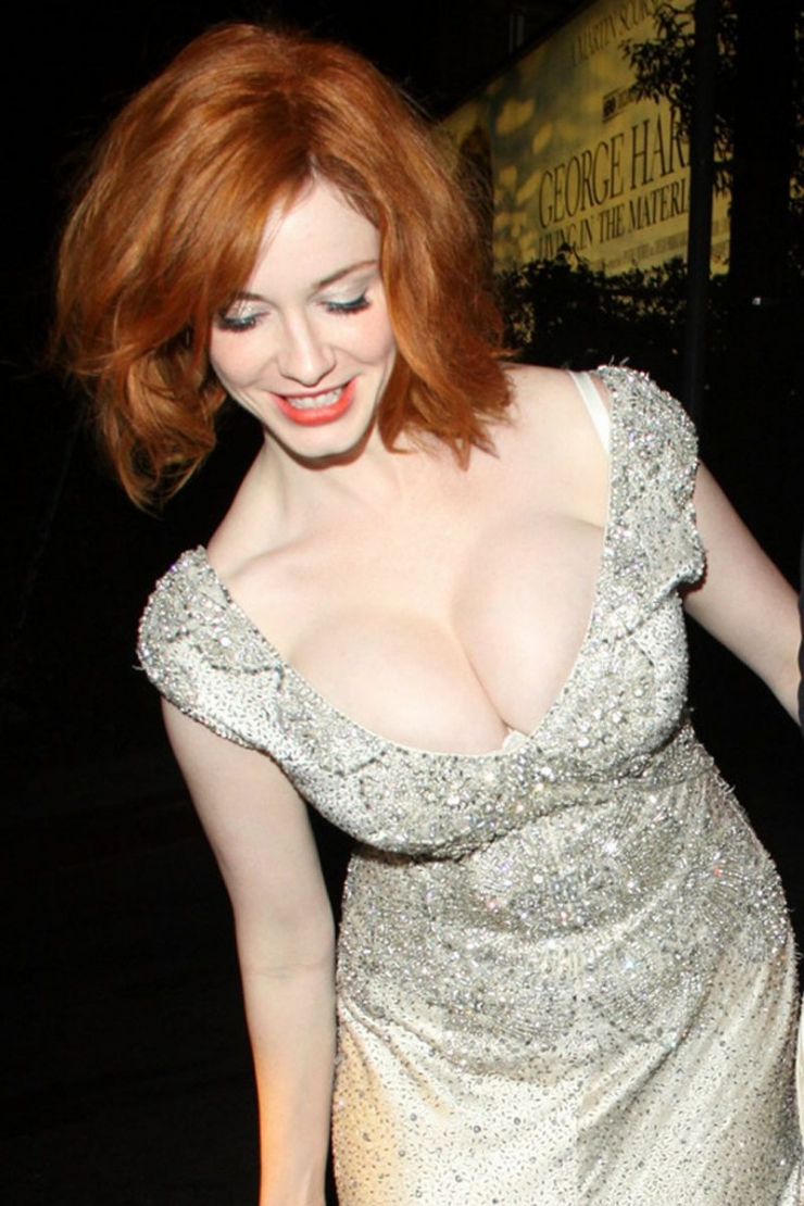 christina-hendricks-leaked-photos