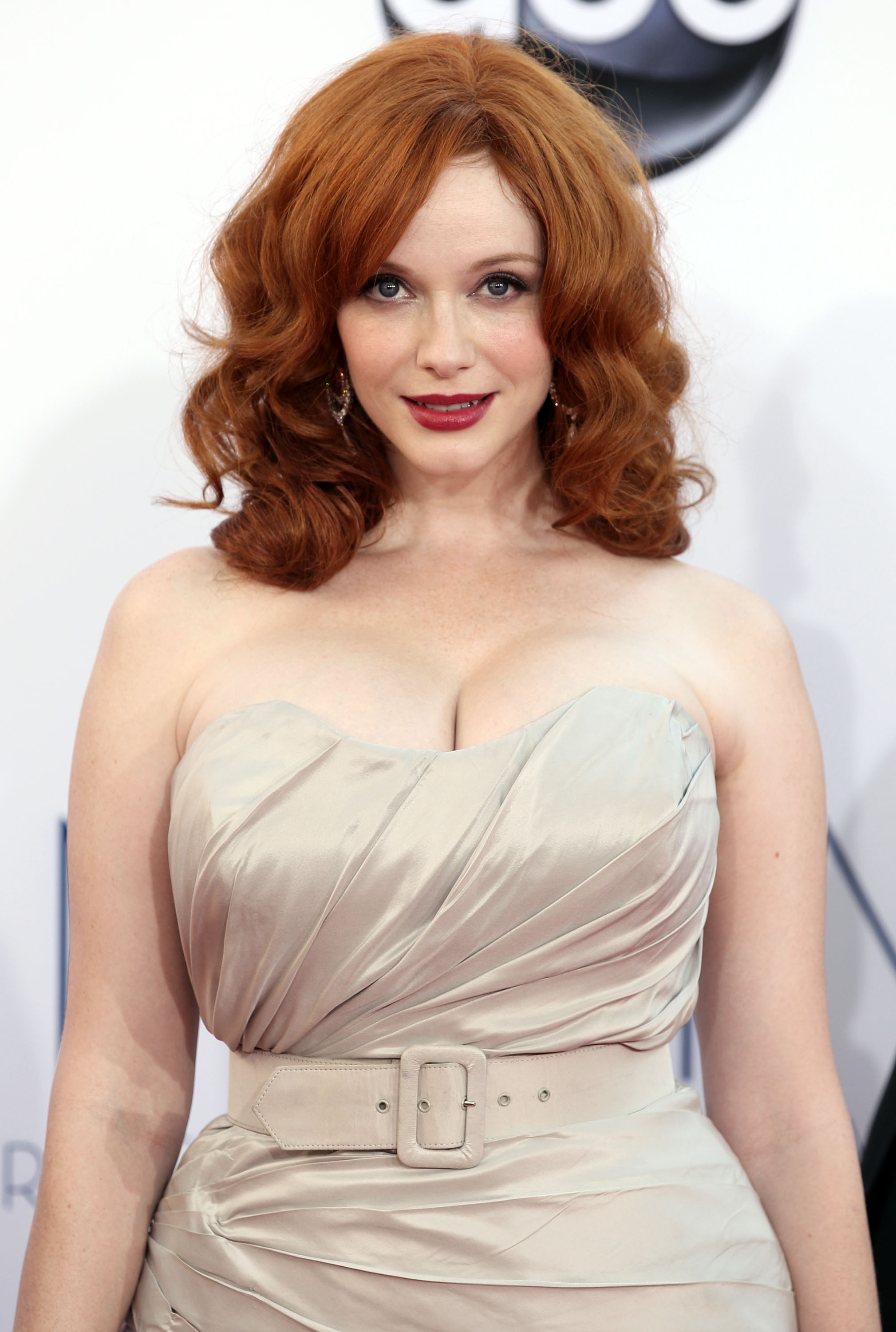 christina-hendricks-sexy-stills