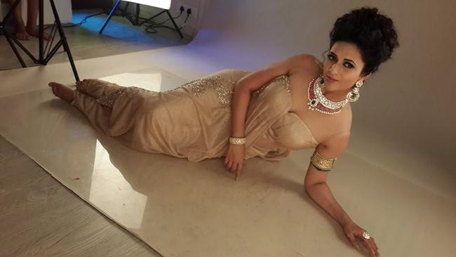 Divyanka Tripathi Latest Photos Colletion,Divyanka Tripathi PhotoShoot