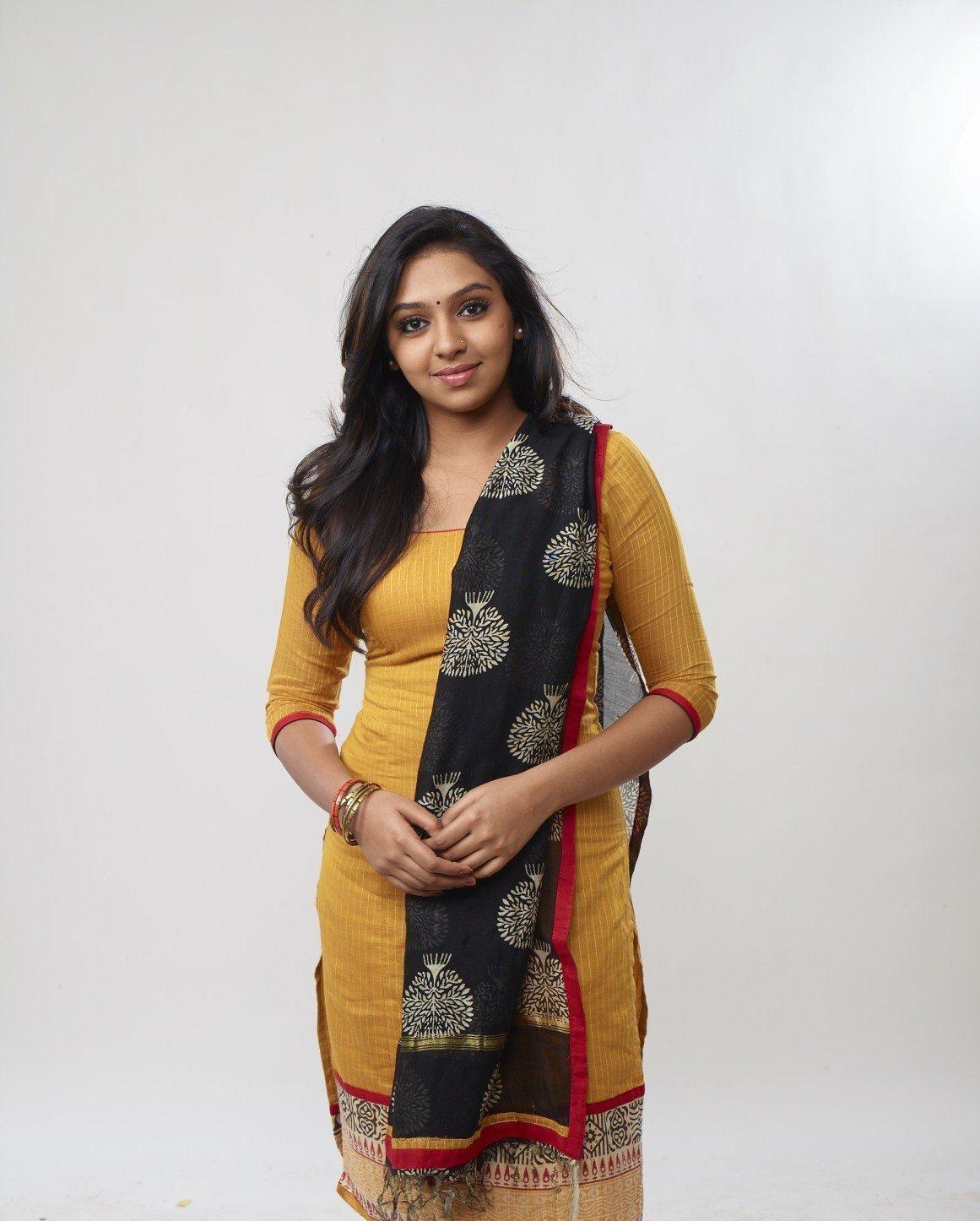 lakshmi-menon-hot-pics