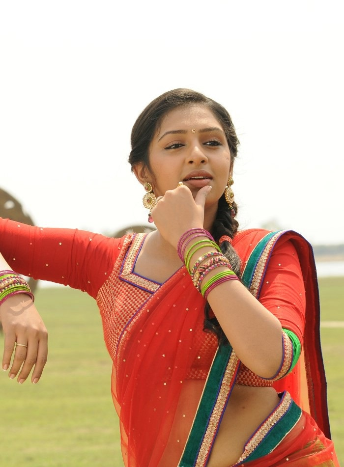 Manja Pai Lakshmi Menon Hot Photos