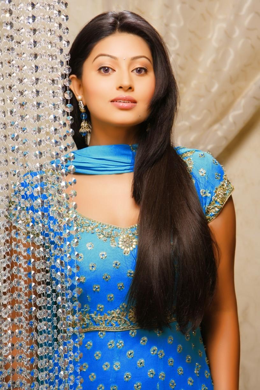 actress-sneha