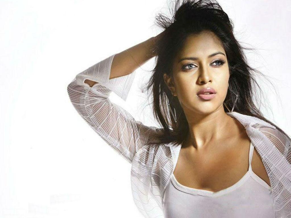 amala-paul-hd-photos