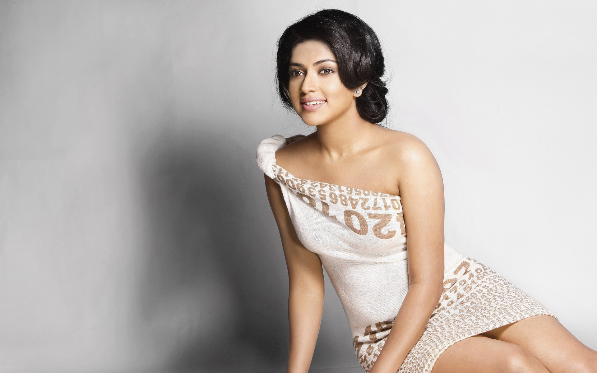 amala-paul-latest-stills